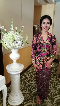 Kebaya kutubaru  with handmade embroidery