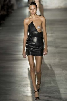 Saint Laurent ready-to-wear spring/summer '17: