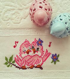 This Pin was discovered by Hul Cross Stitching, Cross Stitch Embroidery, Cross Stitch Patterns, Knitted Afghans, Cross Stitch Love, Afghan Patterns, Filet Crochet, Blackwork, Diy And Crafts
