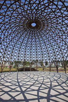 arquitectura con bambú domo