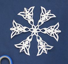 To add to your nerdy snowflake collection :) LOTR Snowflake! Snowflake Template, Snowflake Designs, Snowflake Pattern, Holiday Fun, Christmas Holidays, Christmas Decor, Christmas Stuff, Winter Holidays, Xmas