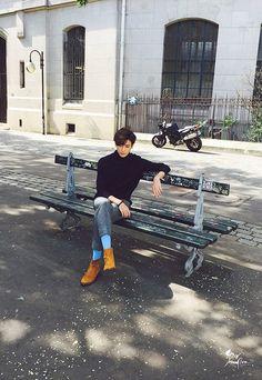 Just give him really glittery pants and his stupid sunglasses. Park Hyung Sik Hwarang, Park Hyung Shik, Lee Jin Wook, Lee Jong Suk, Korean Celebrities, Korean Actors, Korean Dramas, Park Hyungsik Wallpaper, Ahn Min Hyuk
