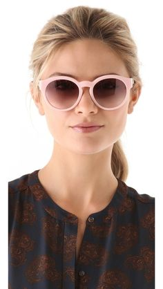 Stella McCartney Round Sunglasses // want these for spring!