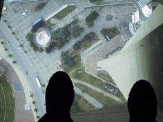 Toronto. Cn Tower glass floor.