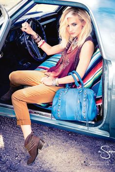Ashlee Simpson is the new face of older sister's eponymous fashion label, Jessica Simpson Fashion Line, Love Fashion, Fashion Beauty, Winter Fashion, Ashlee Simpson, Hippie Style, My Style, Boho Style, Old Actress