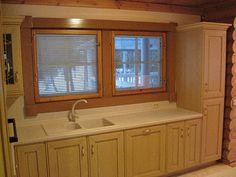 Дизайн интерьера загородного дома и его обустройство. Особенности отделки внутренних стен деревянного дома. |