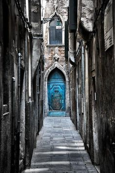 Artful Life — thevoyaging: Blue Door, Venice, Italy photo via...