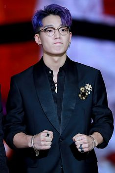 Looking good man Bobby Kim Jinhwan, Chanwoo Ikon, Rapper, Ikon Member, Ikon Kpop, Ikon Debut, Jay Song, Ikon Wallpaper, Hip Hop