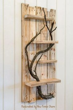 Pioneering DIY Pallets Furniture Items By Recycling Wood -