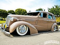 http://www.kustoms.us/wp-content/uploads/2014/10/ee7046c7bf8ccc2149f52a68d691bd2d.jpg