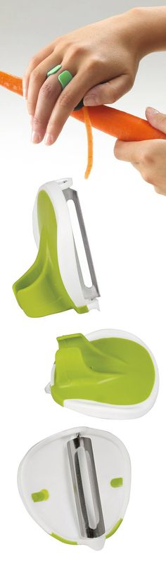 Finger peeler // fits comfortably in the palm of your hand #product_design #kitchen