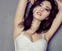 Im Jin-ah (born September known by her stage name Nana, is a South Korean singer, actress and model. She is a member and main dancer of girl group After School and its. Beautiful Girl Photo, Beautiful Asian Girls, Korean Beauty, Asian Beauty, 10 Most Beautiful Women, Poker Online, Hollywood Celebrities, Thylane Blondeau, Asian Woman