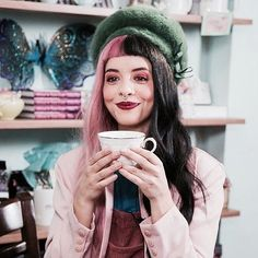 Probably the cutest picture of Melanie I've ever seen <3