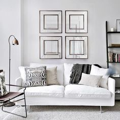 I love the color (can you call it color when it's so neutral ? not sure) palette in this bright and sunlit living room. The white walls and, fluffy beige area rug and wooden furniture contrast very nicely with the … Continue reading → Living Room Trends, My Living Room, Living Room Interior, Living Room Designs, Living Room Decor, Beige Living Room Furniture, Black Furniture, Wooden Furniture, Beautiful Living Rooms
