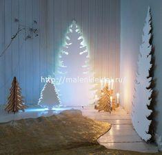 <p>Если в квартире нет места, для настоящей елки, ее можно сделать на стене своими руками из самых разнообразных материалов. А для детей всегда хочется придумать что-нибудь оригинальное к Новогоднему празднику. Предлагаю несколько простых и доступных вариантов создания новогодней елки на стене в виде декора. Елка на стене своими руками Проще …</p>
