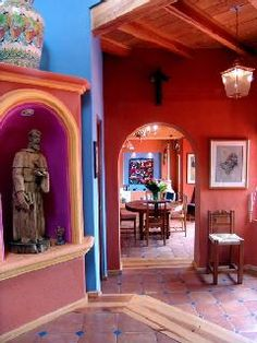 A home in Mexico...i love the colors!