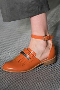 Fave shoe style & Fave color combined!  Daks at London Spring 2017 (Details)