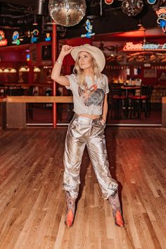 Cowgirl Shirts, Cowgirl Outfits, Western Outfits, Western Boots, Cowgirl Bachelorette Parties, Cowgirl Party, Cowgirl Chic, Space Girl Costume, Girl Costumes