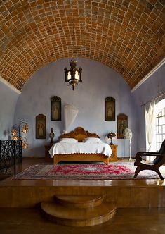 Spanish style – Mediterranean Home Decor Spanish Bedroom, Spanish Home Decor, Mediterranean Bedroom Decor, Hacienda Style Homes, Interior Architecture, Interior Design, Home Bedroom, Bedroom Ideas, Master Bedroom