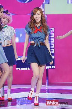 SNSD-Jessica-Dancing-Queen-
