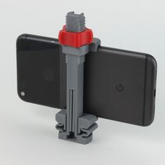 Free Universal Phone Tripod Mount 3D model, jakejake • Download on https://cults3d.com • #3Dprinting #3Dprint #3Ddesign #STLmodel #3Dmodel #3Dprinter #Impression3D #Imprimante3D #Fichier3D #Design #3Dmodeling #3D