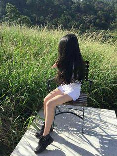 Girl Photo Poses, Girl Photography Poses, Girl Photos, Korean Girl, Asian Girl, Korean Best Friends, Girl Korea, Artsy Photos, Uzzlang Girl