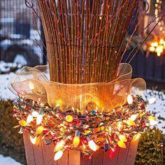 Let It Glow - 50 Best Outdoor Christmas Decorations   http://homebnc.com/best-outdoor-christmas-decorations/3/   #christmas #outdoor #outdoors #decoration #holidays #decor #homedecor #idea #creative #diy #beautiful #creative #ideas #homebnc