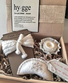 Cozy Gift Box Hygge Knit