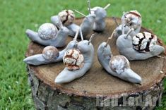 Snail Crafts using Clay is part of Clay crafts For Boys Ok, so today's kids craft, I would call a little, uhm eccentric either you have to LOVE snails, or you have to be looking for an S for Sss - Clay Crafts For Kids, Preschool Crafts, Projects For Kids, Clay Projects, Garden Projects, Snail And The Whale, Snail Craft, Hedgehog Craft, Forest School Activities