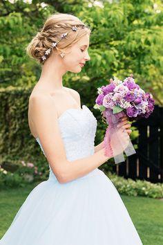 レース刺繍が美しいライトブルーのチュールカラードレス|SS0884LB
