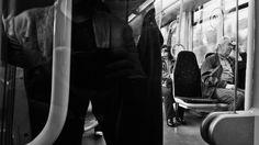"""Fragmentos cristalizados. """"Sim, estou cansado, e um pouco sorridente - de o cansaço ser só isso - uma vontade de sono no corpo,  um desejo de não pensar na alma, e por cima de tudo uma transparência lúcida do entretenimento retrospectivo..."""" Álvaro de Campos,  in """"Poemas"""""""