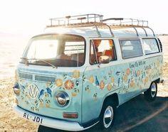 Volkswagen – One Stop Classic Car News & Tips Vw Camper Bus, Bus Volkswagen, Vw Caravan, T3 Vw, Kombi Motorhome, Volkswagen Transporter, Campers, Motorhome Travels, Caravan Ideas