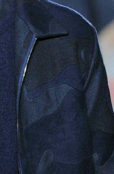 Valentino autumn-winter 2014-15 #ALFAIATARIAS #lanosos #camuflado #blocos_de_tecidos #patches
