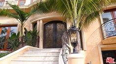 1510 Tower Grove Dr, Beverly Hills, CA 90210. Built in 2012, but this place screams Old Hollywood Glamour.