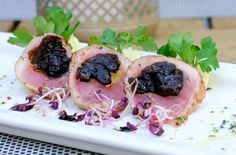 Bravčová panenka plnená slivkami Sushi, Ethnic Recipes, Party, Food, Essen, Parties, Meals, Yemek, Eten