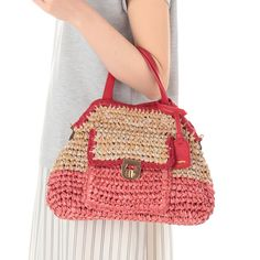 crochet bag - would be great out of repurposed plastic shopping bags