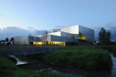 Multicultural Centre in Isbergues  / Dominique Coulon & Associés