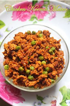 YUMMY TUMMY: Quick Chicken Keema Matar Recipe - Stir Fried Minced Chicken with Green Peas