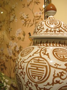 Lots of chinoiserie throughout market! Hand-painted jars against gorgeous Chinoise panel. Noticed a lot of soft pink/peach/flesh tones. Chinese Style, Chinese Art, Painted Jars, Hand Painted, Textures And Tones, Asian Decor, Ginger Jars, Color Of Life, High Point