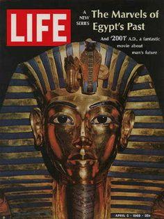 Life Magazine Copyright 1968 Ancient Egypt Tutankhamun - Mad Men Art: The Vintage Advertisement Art Collection Life Magazine, History Magazine, Magazine Art, Magazine Covers, African History, African Art, Life Cover, Look Vintage, Vintage Photos