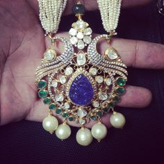 Jewellery Designs: Pachi Pendant with Sapphire Royal Jewelry, India Jewelry, Temple Jewellery, Pearl Jewelry, Diamond Jewelry, Beaded Jewelry, Jewelery, Fine Jewelry, Gold Jewelry