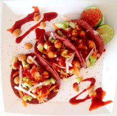 Fruit tacos // Tacos de fruta