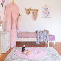 Dreamy Spaces & Co. Real room with Harry and the Hound Educational Toys, Toddler Bed, Room, Furniture, Home Decor, Child Bed, Bedroom, Decoration Home, Room Decor