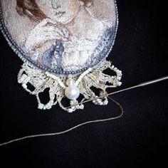 Третий день плету индийским крючком, оформляя брошь. Чувствую себя пауком😄 Instagram, Inspiration, Embroidery, Biblical Inspiration, Inspirational, Inhalation