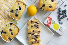 I took a classic pound cake recipe that has been in my family for years and turned it into these Mini Lemon Blueberry Pound Cakes! Pound Cakes, Pound Cake Recipes, Classic Pound Cake Recipe, Raspberry Tiramisu, Lemon Blueberry Pound Cake, Mini Pavlova, Fresh Strawberry Pie, Skillet Chocolate Chip Cookie, Brunch Items