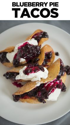 Here Are Blueberry Pie Tacos And You Are Welcome! Oh man, i'd love to try this will apple pie filling too! Blueberry Pie Recipes, Fruit Recipes, Mexican Food Recipes, Sweet Recipes, Dessert Recipes, Cooking Recipes, Taco Dessert, Recipies, Just Desserts