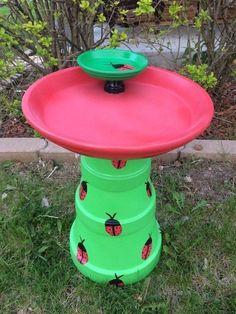 38 DIY garden pots project on a budget - Diy Garden Projects Clay Pot Projects, Clay Pot Crafts, Diy Garden Projects, Diy Garden Decor, Garden Crafts, Balcony Decoration, Garden Decorations, Diy Crafts, Clay Flower Pots