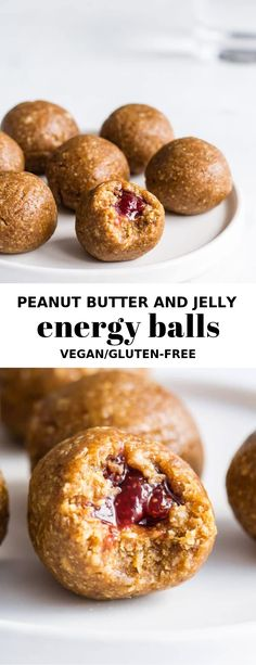 These no-bake peanut butter and jelly energy balls are a healthy snack with a surprise center! These peanut butter and jelly energy balls are the best ever snack! Made with dates, peanut butter and stuffed with strawberry jelly. They're so delicious! Healthy Vegan Snacks, Vegan Desserts, Vegan Recipes, Snack Recipes, Healthy Nutrition, Healthy Eating, Healthy Steak, Xmas Recipes, Juicer Recipes