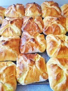 Easy Cookie Recipes, Sweet Recipes, Dessert Recipes, Hungarian Cuisine, Hungarian Recipes, Delicious Desserts, Yummy Food, Winter Food, Bread Baking