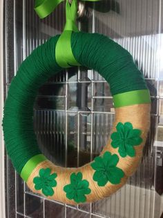 St Patty's Day Shamrock Yarn Wreath